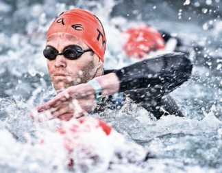 swimming sighting tips for triathlon